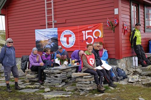 God stemning og godt fremmøte da Nordhordland Turlag feiret 20 år med Skavlabu.