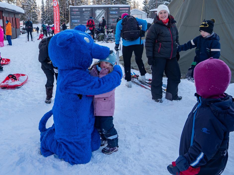 Turbo kom selvfølgelig til barna i Bjønndalen