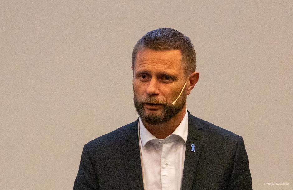 Kunnskapsrik og engasjert helseminister Bent Høie på Hamar 06.11.19