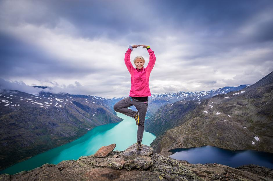 EPIC: The hike across Besseggen and a lot of other adventures in Jotunheimen ridge is easily accessed with ferry from Gjendesheim.