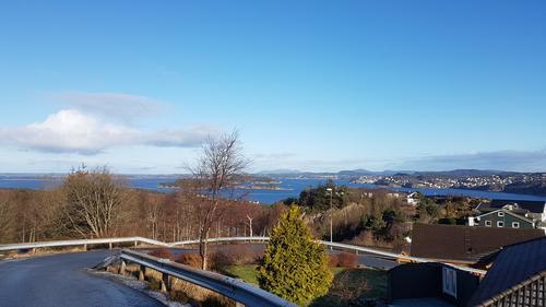 Utsikt fra Nordre Hjelteryggen