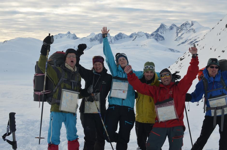 Fornøyde deltakere på vinterturlederkurs i Jotunheimen.
