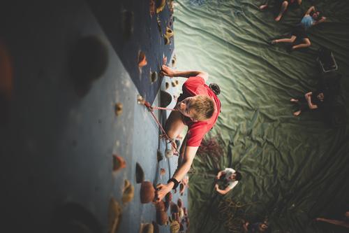Ny låne-ordning av klatreutstyr i Sunnfjordhallen