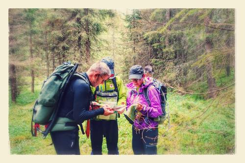 Kart-og kompasskurs turledere, skogsområde