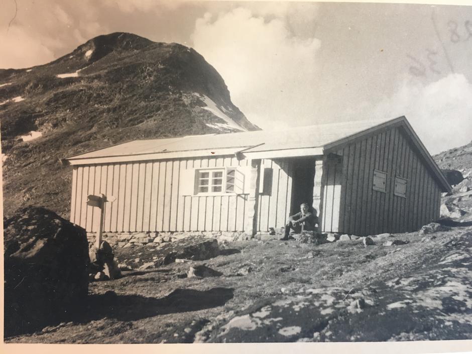 Olavsbu: Foreningen bygget Olavsbu i Jotunheimen i 1952.