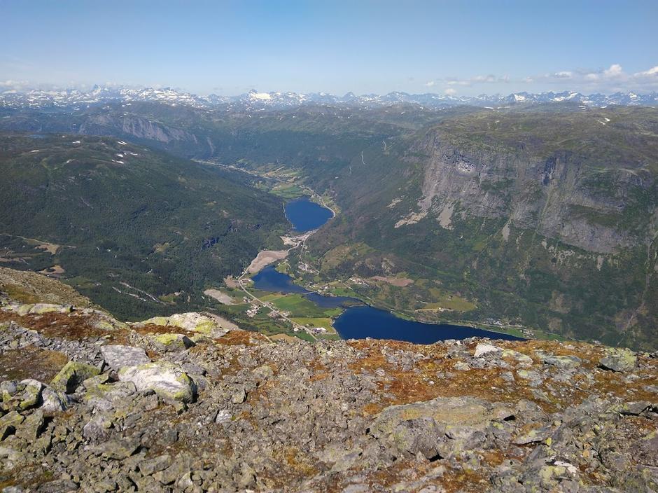 Utsikt mot Øye fra Skjøld