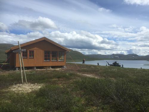 Hjelp til å rive den eldste Vuoma-hytta!