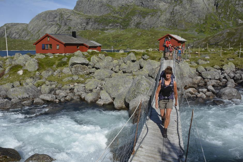 Nilsebu ligger strategisk til i Hjelmelandsheiene hvor mange løyper kommer innom hytta.