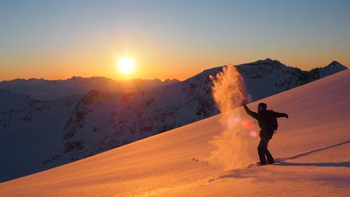 Bli med DNT fjellsport Troms på skredkurs i vinter