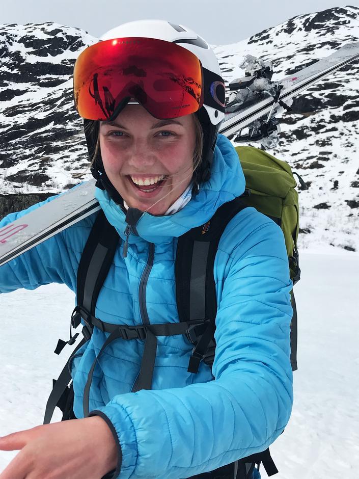 Ine Søyland gleder seg til å gi skigleden videre til deltakerne på Skiskolen 2020.