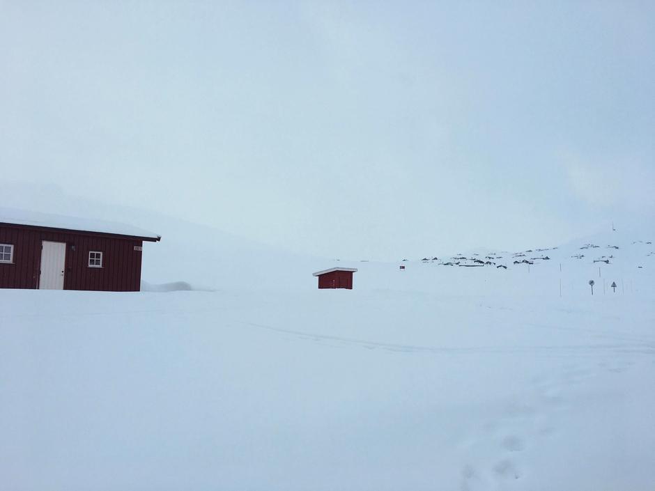 Det er totalt ca. 1,5m snødybde ved Fondsbu i dag, 31. januar 2020