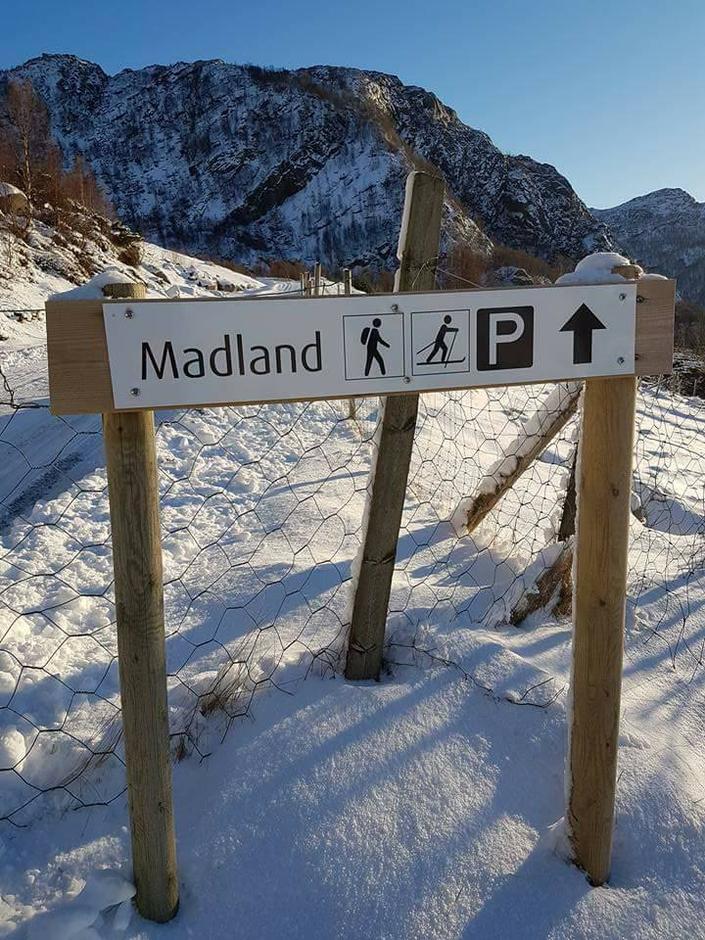 Madland 400 moh ca 20 cm med snø 16. januar 2017
