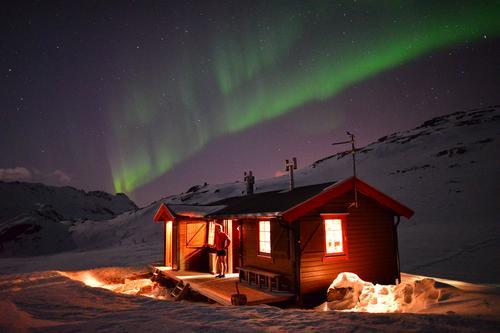 Vesterålen Turlag endrer booking av hyttene