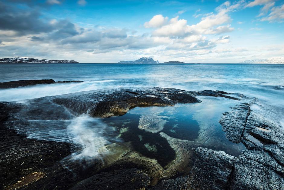 Vannøya i Troms er et spesielt stykke natur og kulturlandskap ut mot storhavet, med mange flotte turstier.