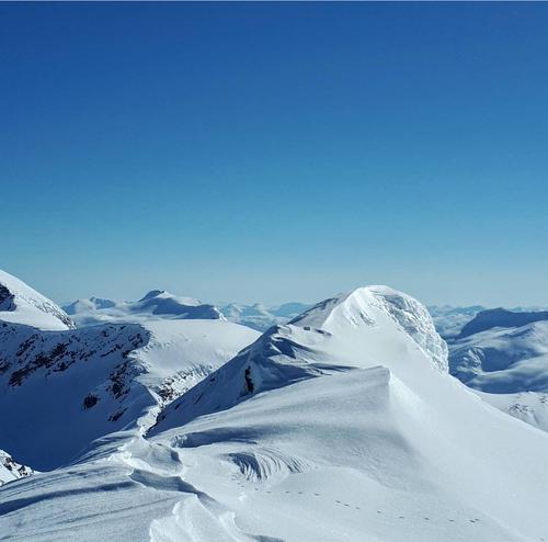 Fra Lafjelltinden.Ser starten på  Skittendalstinden  helt til venstre
