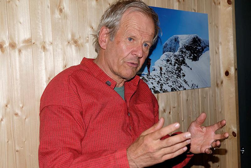 Petter Erling Bjørstad, åpning Skålabu