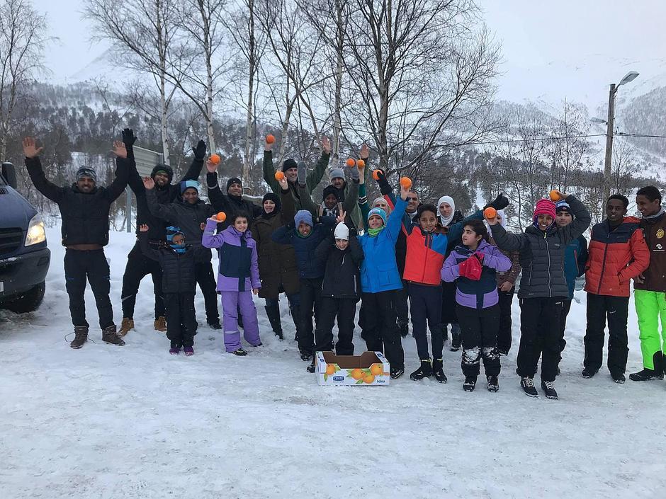 Flyktningene i Nesset deltok på Vistdalsheia med strålende humør!