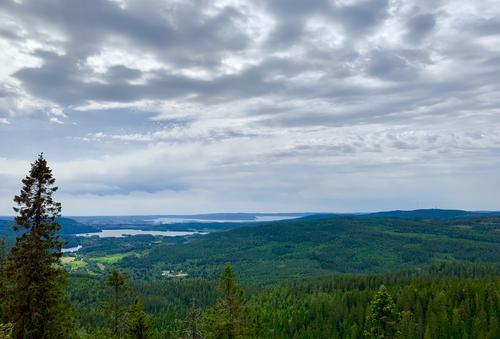 Flott utsikt utover Maridalsvannet og Oslofjorden