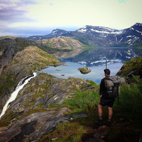 (Litt usikker på kvaliteten Rago nasjonalpark i Sørfold kommune. Helt magisk når du kommer over fjellet og ser ned mot Litlverivatnet.