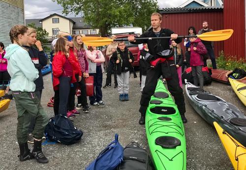 DNT ung Brønnøy arrangerte kajakk-kurs ved Tørrfiskbrygga