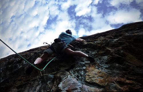 Ukentlig klatring skjer ofte på Sotra om sommeren.