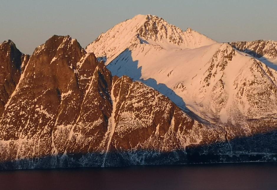 Nona 1012 moh, med snø.