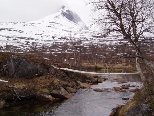 Brua på Lurfjell er tatt ned