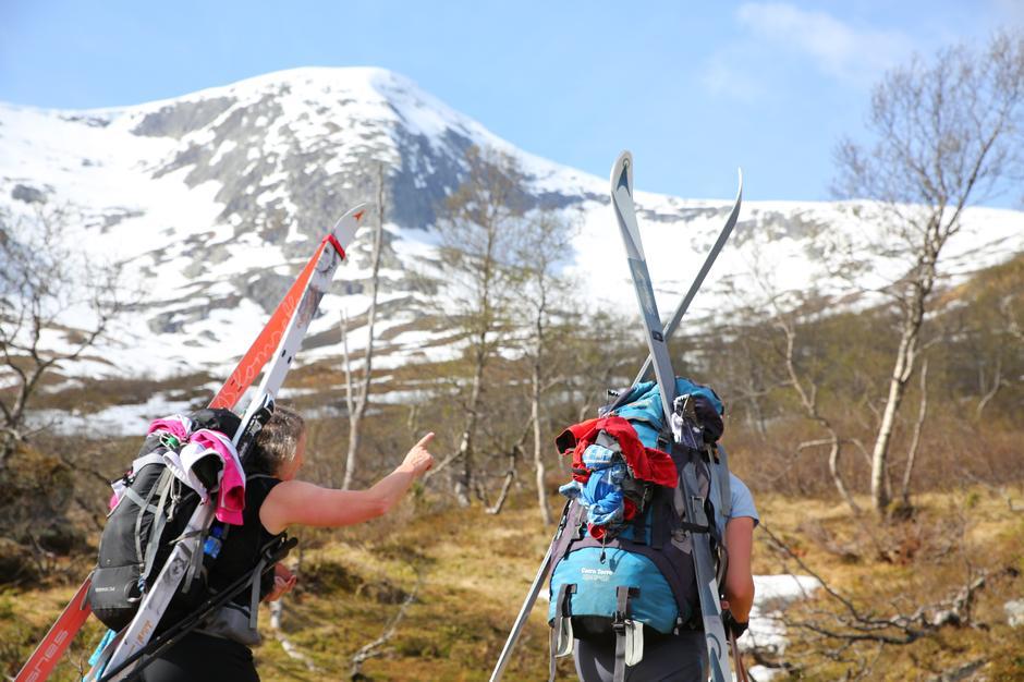 Onsdag 1.5: På vei til Raundalsryggen - fjella mellom Voss og Mjølfjell