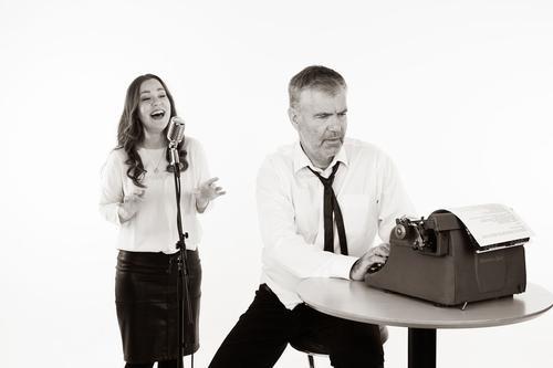 Forfatteren og sangerinnen