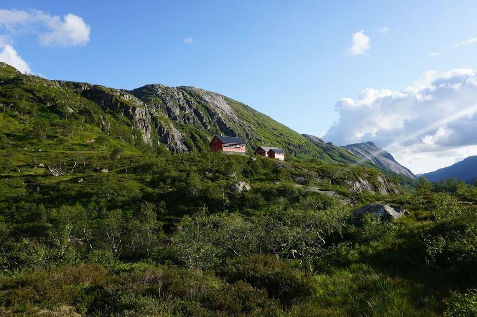 Blåfjellenden er omgitt av et vakkert landskap.