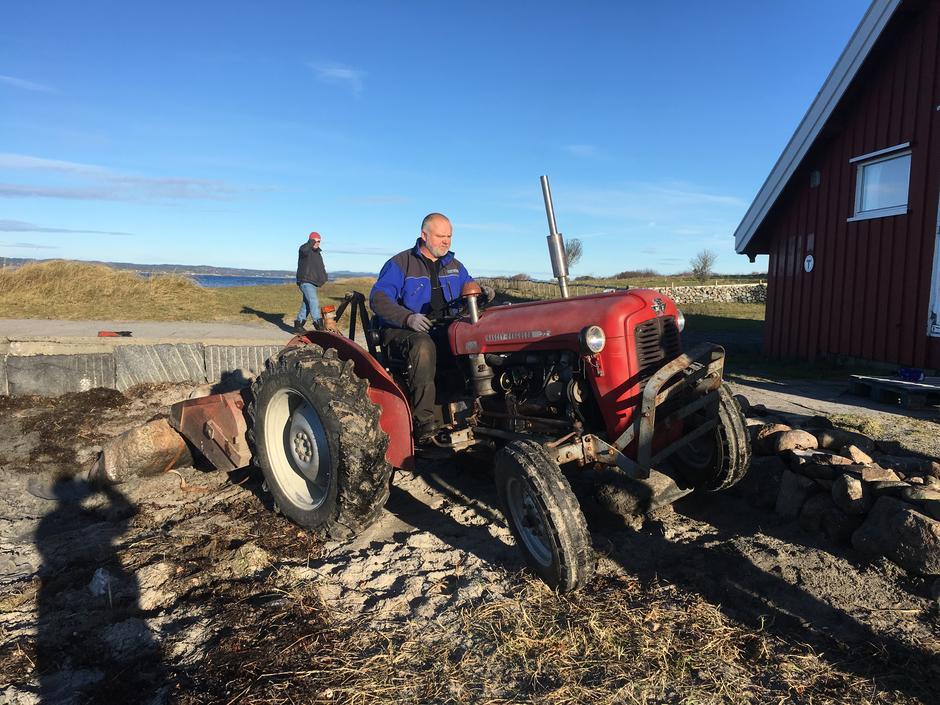 Traktor må til!