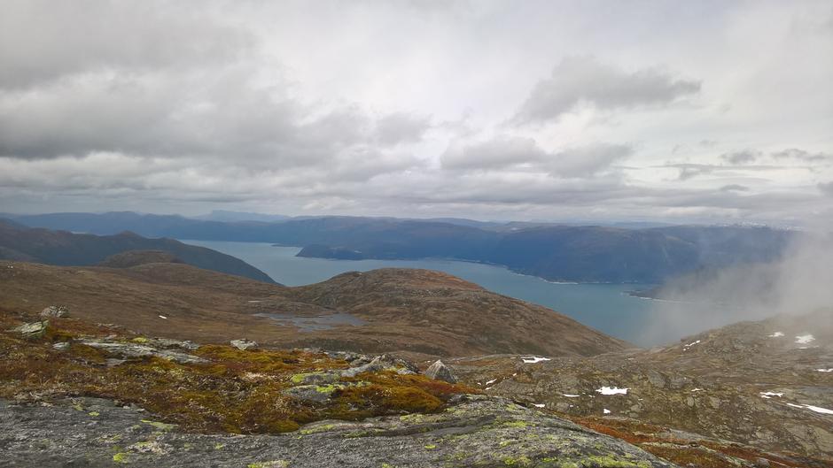 Utsikt vestover Sognefjorden frå Gavlen
