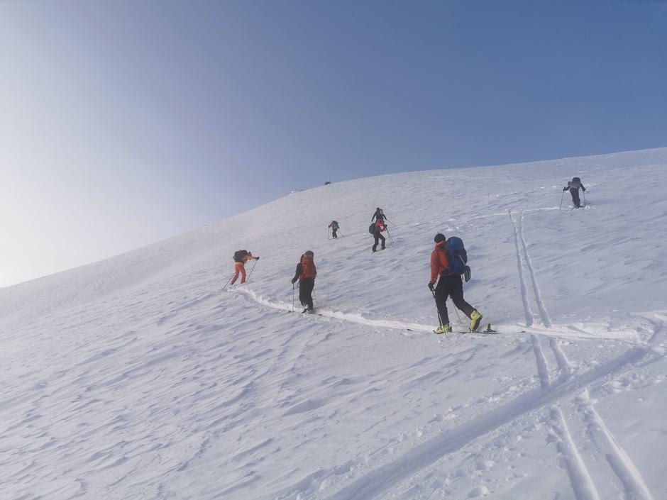 Grunnleggende skredkurs i regi av DNT Fjellsport Troms!