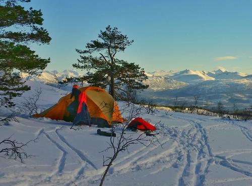 Med pulk og telt på Fursetfjellet