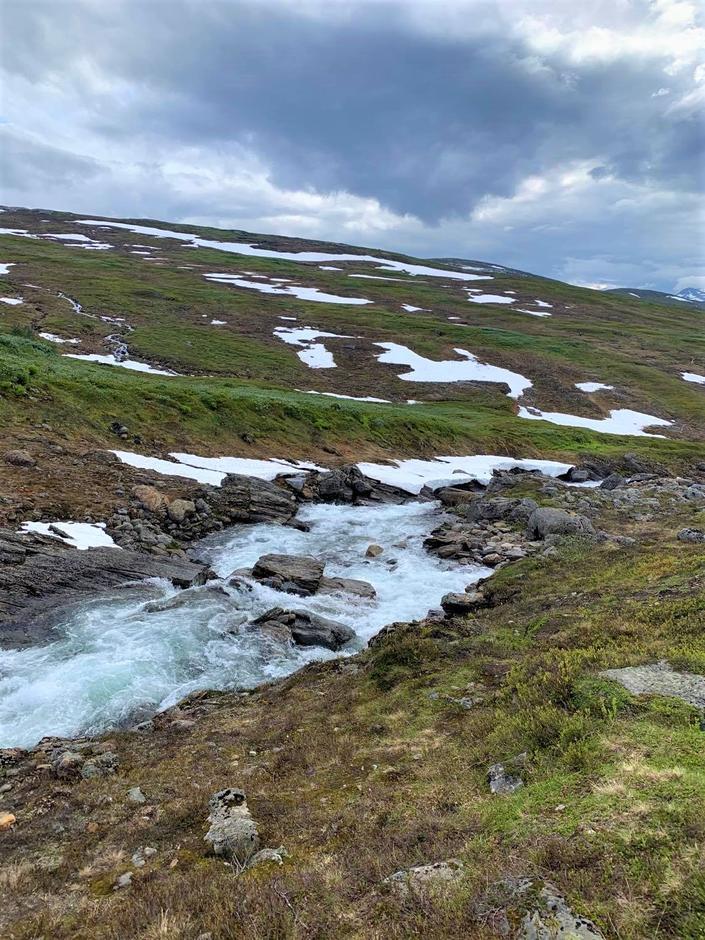 Sterk vannføring i alle elver og bekker