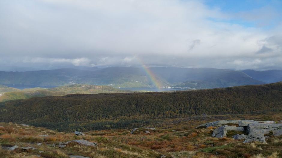 Fin utsikt mot Haus på Osterøy