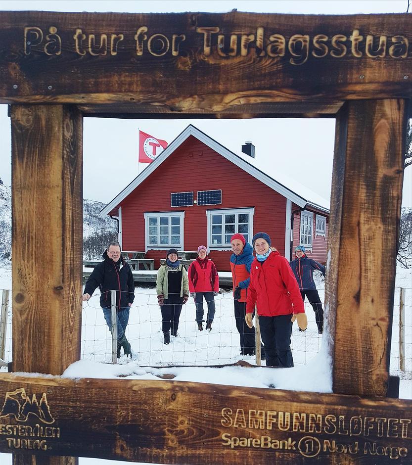 Her er fra venstre Willy Vestå, Sunniva Birkeland, Sølvi Mathisen, Trond Løkke, Berit Hansen og Ragna Renna.