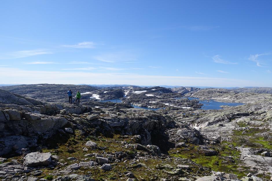 Utsikt mot Steinadalstjørnene