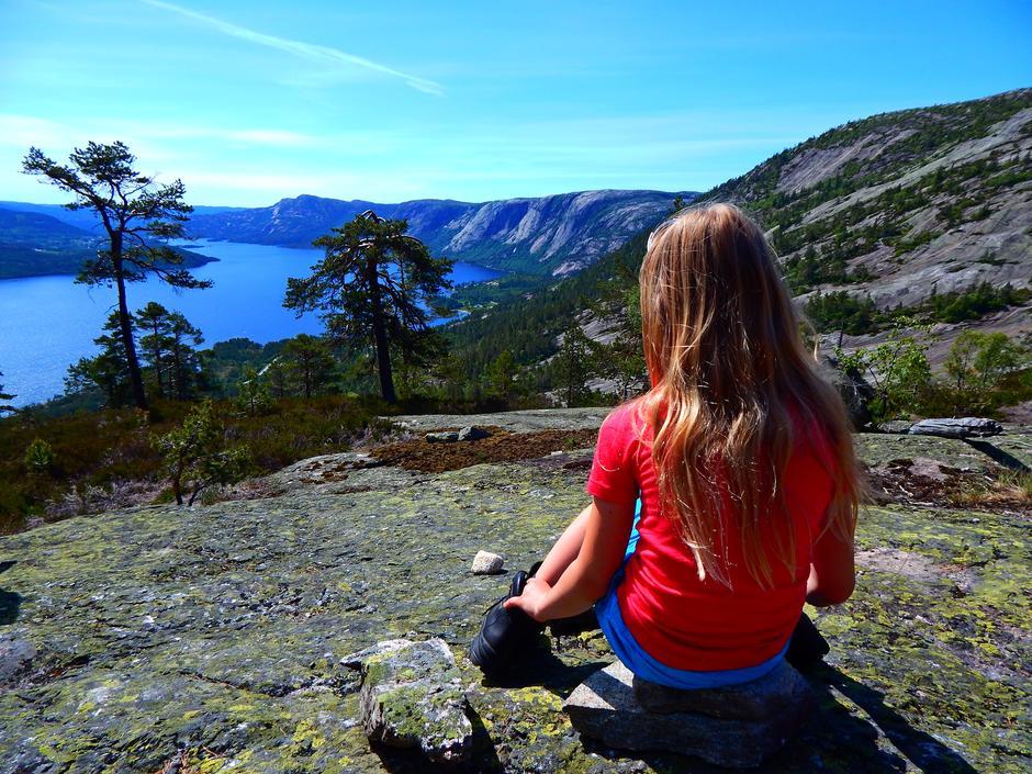 Jenta med godt inngåtte fjellstøvel - tror hun koser seg her!