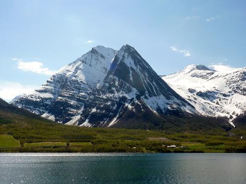 Store Russetind i Balsfjorden