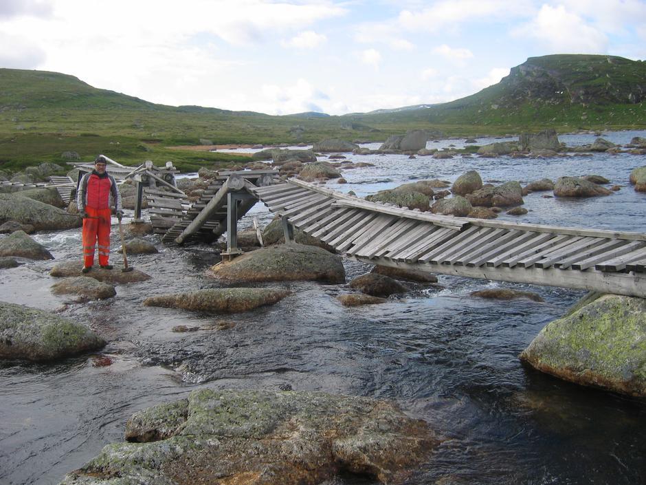 Den gamle broa er nå fjernet.