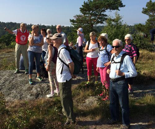 42 glade turgåere i Valbyskogen 15. september