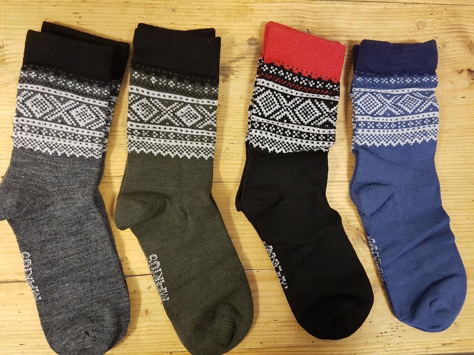Stilige og varme sokker fra Mariusserien til Aclima.