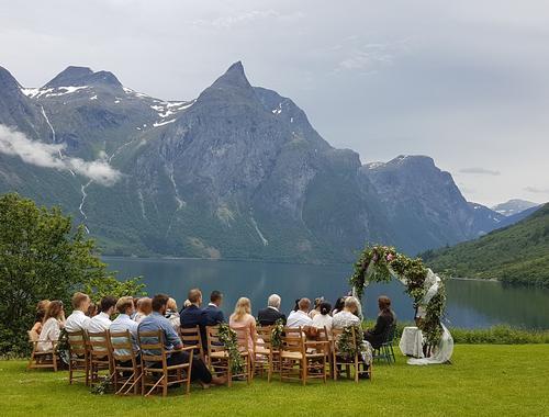 Bryllup på fjellet - Hoemsbu