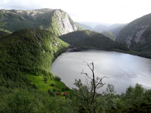 Kringlebotn ved Bjørn West-løypa i Masfjorden