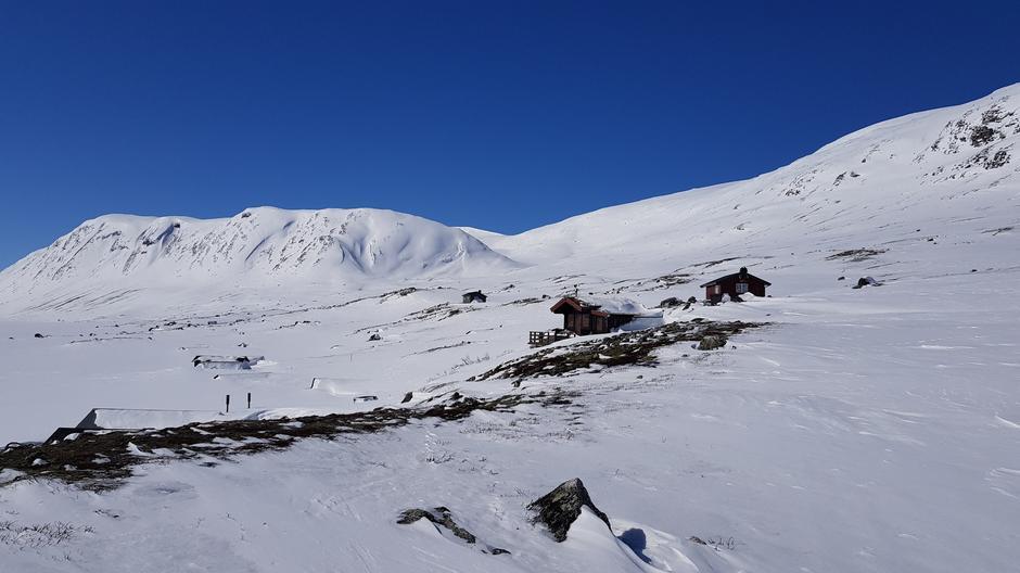 Lundadalsvatnet 1149 moh, retning Holåbreen
