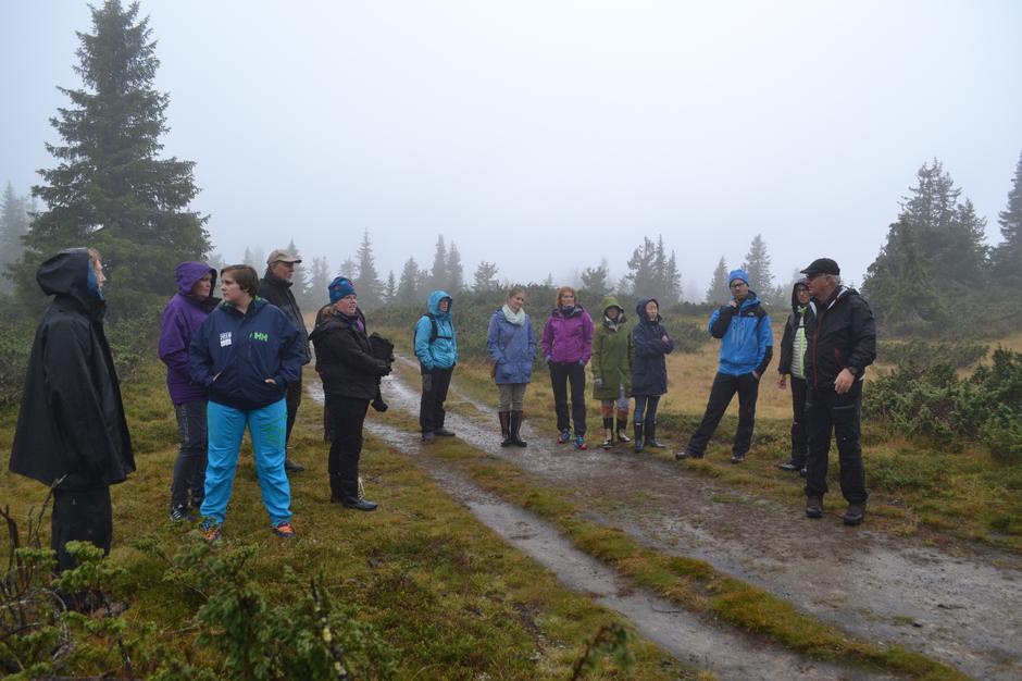 Gruppe ansatte i Ringsaker kommune på Sjusjøen