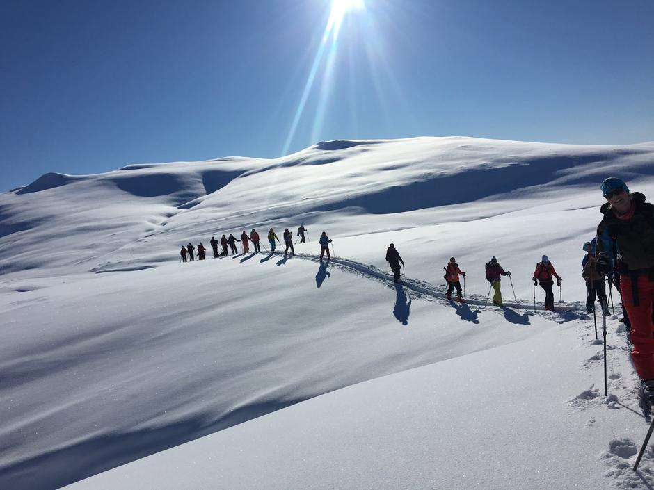 TOPPTURMEKKA: Rondvassbu ligger omkranset av 10 topper høyere enn 2000 meter over havet.