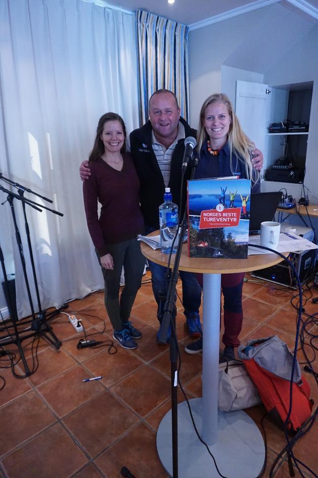 Tursøstrene Stine og Heidi Schultz Heireng og daglig leder i AAT  Dag N. Fagermyr er fornøyd med festivalen.