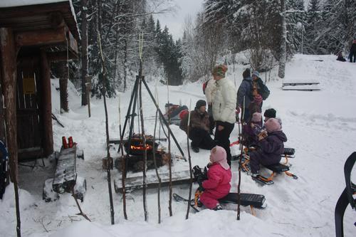 Bli med Barnas Turlag på ski-aketur søndag 24. januar